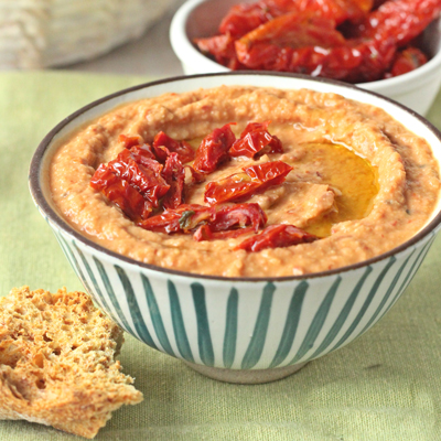 Hummus of chickpeas and ORGANIC SUNDRIED TOMATOES